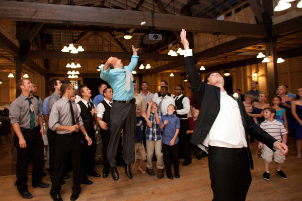 Is The Garter Bouquet Toss Going Out Of Style