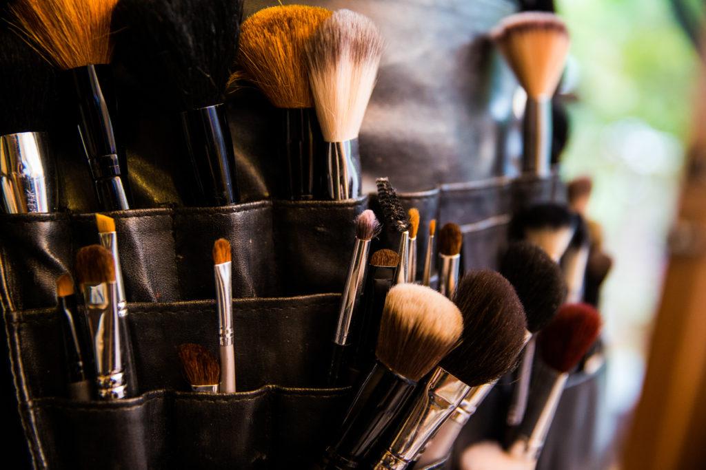 Makeup Artists brush belt