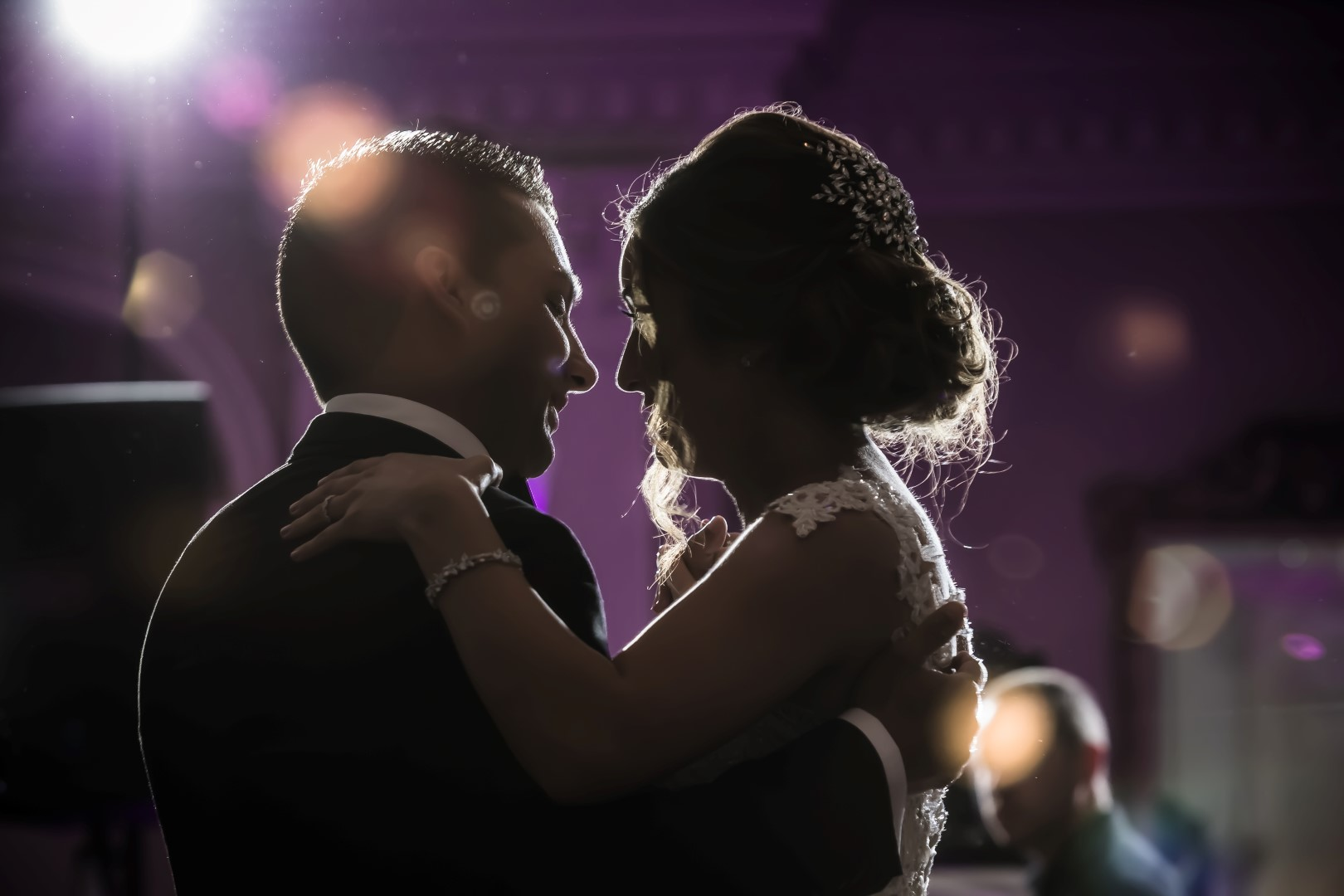 A Couple's First Dance Guide: How to Have Fun and Stay Confident