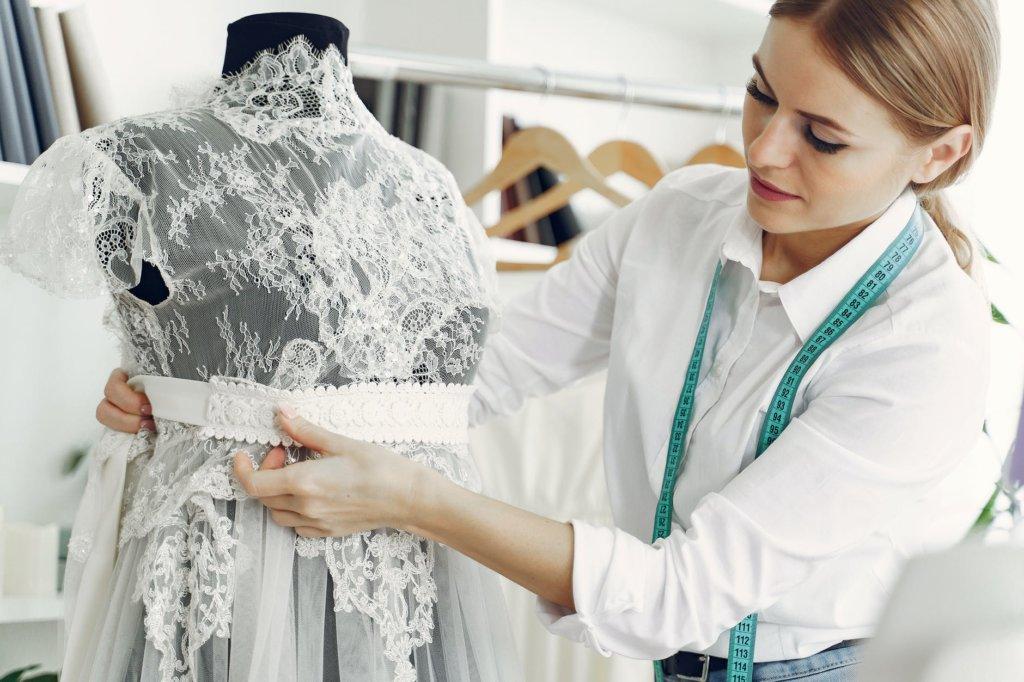 postpone wedding dress alterations