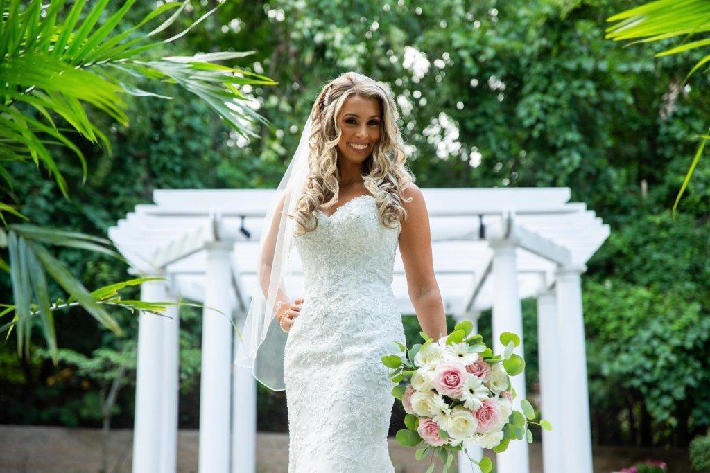 choosing flowers for a summer wedding